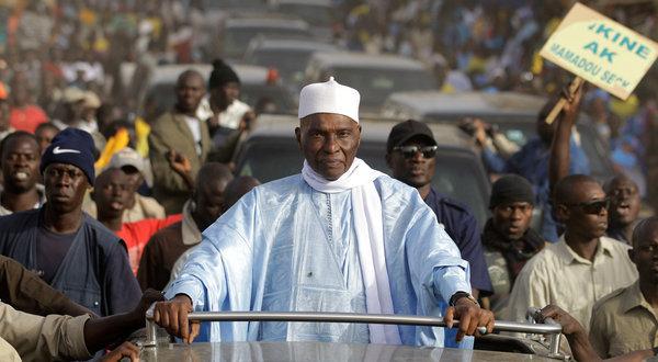 Par-delà le retour de l'Ancien Président Maître Abdoulaye Wade