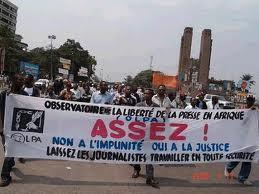 La FIJ dénonce la vague de violence contre les journalistes au Cameroun