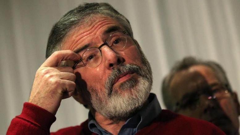 Le leader du parti républicain irlandais Gerry Adams suspecté de meurtre