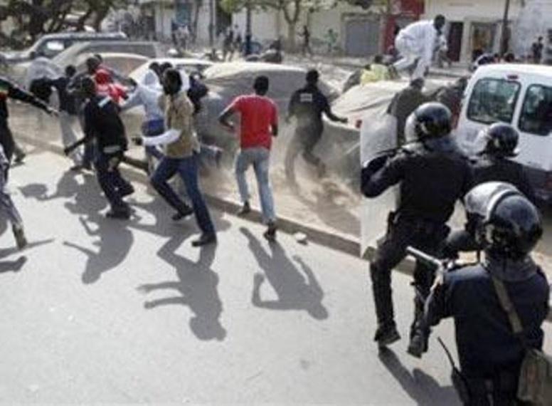 """UCAD- L'adjudant-chef Mbaye Sady Diop """"A l'université aujourd'hui, les étudiants s'arment de couteaux"""""""