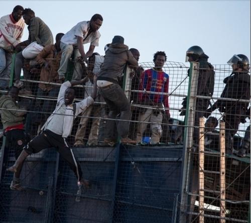 """Immigration: Melilla, le """"sale boulot de l'UE"""""""