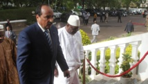 Le président mauritanien Abdel Aziz et son homologue malien Ibrahim Boubacar Keita, à Bamako, le 22 mai 2014. AFP / HABIB KOUYATE