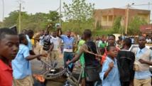 Manifestation de lycéens et d'étudiants pour exiger de meilleures conditions d'études à Niamey, le 30 avril 2014. AFP/BOUREIMA HAMA