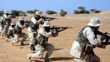 Une escouade de Marines à l'entraînement dans le Camp Lemonnier à Djibouti en 2003. Photo: Corporal Matthew J. Apprendi (USMC)