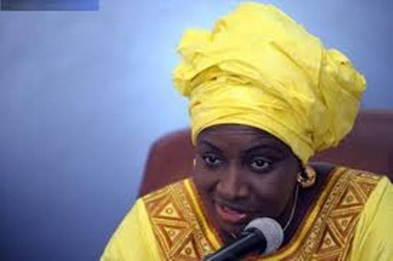 Locales-Grosse frayeur pour la « dame de fer » ce week-end: Aminata Touré récolte des jets de pierres, plusieurs blessés