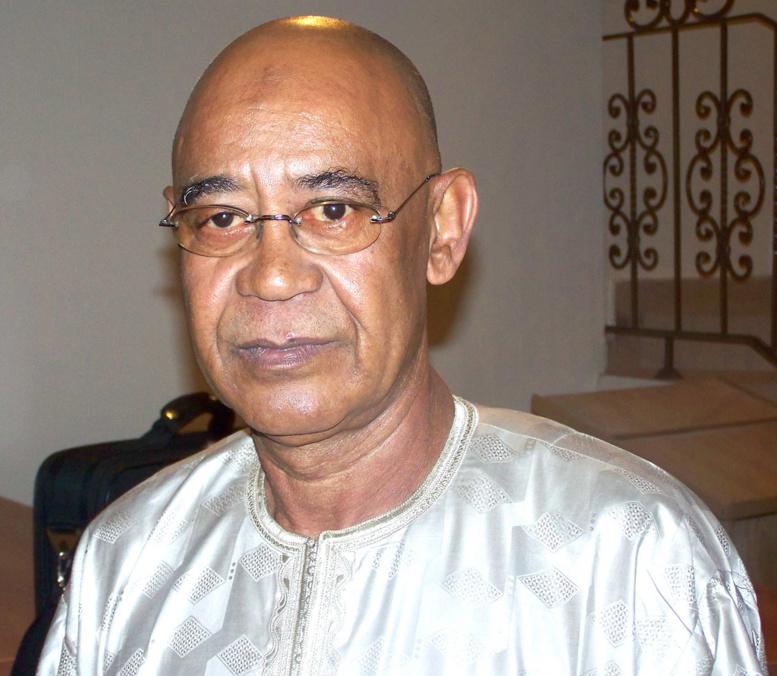 Mahmout Saleh malade: le Président Sall au chevet de son Directeur de cabinet