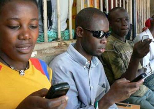 Rapport sur la mobilité : L'usage d'Internet progressera 2 fois plus en Afrique sub-saharienne que dans le reste du monde dans les 5 ans à venir