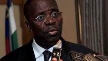 Le Premier ministre centrafricain, André Nzapayeke, ici en janvier 2014 à Bangui, a demandé la suspension des SMS jusqu'à nouvel ordre. AFP PHOTO / ISSOUF SANOGO