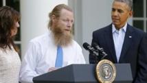 Le père du sergent Bergdahl, détenu cinq ans par les talibans, s'exprime sur le perron de la Maison Blanche à l'annonce de la libération de son fils, le 31 mai 2014. REUTERS/Jonathan Ernst