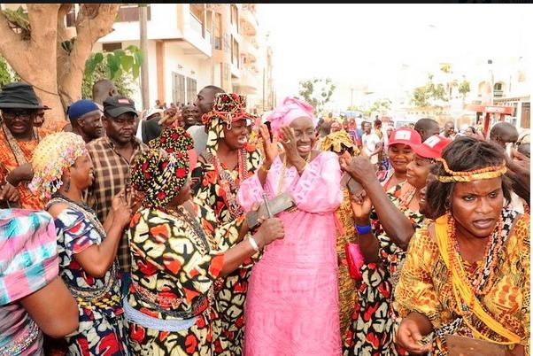 Locales à Grand Yoff : Mimi Touré accusée d'armer des nervis et d'utiliser les moyens de l'Etat