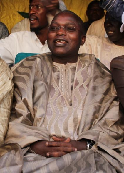 Locales à Bambilor : Modou Lô et Abdou Guité Seck participent à la forte Mobilisation du Ministre Oumar Gueye