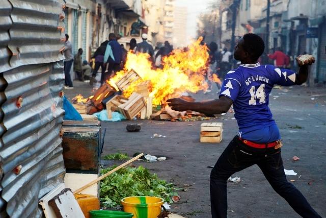 Violence électorale : le sang coule à Rufisque, la mairie de Dakar plateau mis à sac