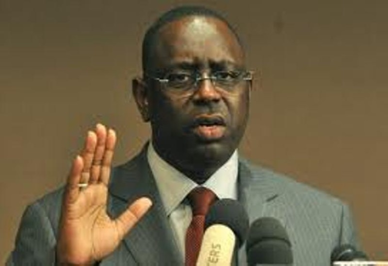 Condoléances: le président Sall s'incline sur la mémoire de Barham Diop
