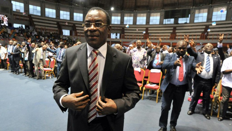 Le président par intérim du FPI, Pascal Affi N'Guessan (ici lors de la convention de son parti, le 22 février 2014) dénonce le sort réservé aux sympathisants de son parti emrisonnés. AFP PHOTO / ISSOUF SANOGO