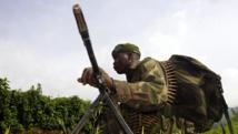 Un soldat des FARDC, le 1er novembre sur la ligne de front, face aux rebelles du M23, près de Bunagana. REUTERS/Kenny Katombe