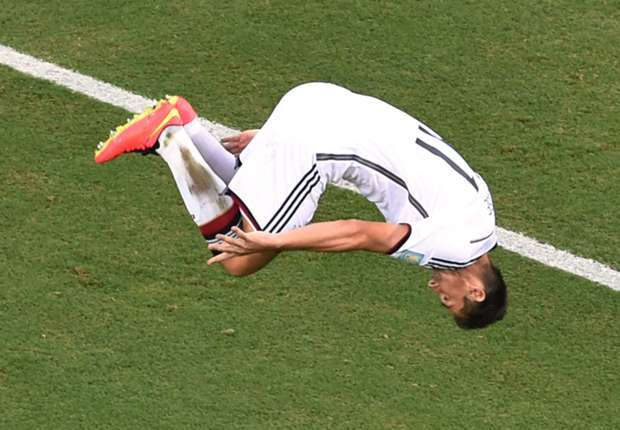 CDM-Allemagne :  Klose à un but de la gloire