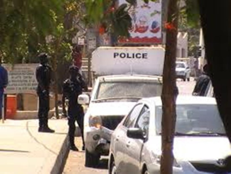 Dernière minute: Abdoulaye Baldé face aux juges de la CREI, tirs de grenades lacrymogènes sur la foule