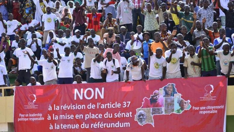 Burkina Faso: l'ambassadeur américain secoue le débat sur l'alternance