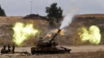 Une unité d'artillerie israélienne faisant feu sur la bande de Gaza, le 18 juillet 2014. REUTERS/Nir Elias