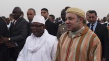 Le président malien Ibrahim Boubacar Keïta et le roi du Maroc Mohamed VI, le 18 février 2014 à Bamako. REUTERS/Joe Penney