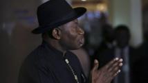 Le président nigérian Goodluck Jonathan, lors d'une conférence de presse sur l'enlèvement des élèves par le groupe terroriste Boko Haram, le 9 mai 2014. REUTERS/Afolabi Sotunde/Files