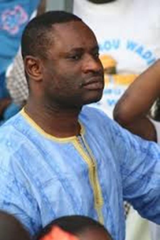 Mort suspecte: l'homosexuel Serigne Mbaye évacué par des sapeurs sous masques aux Maristes