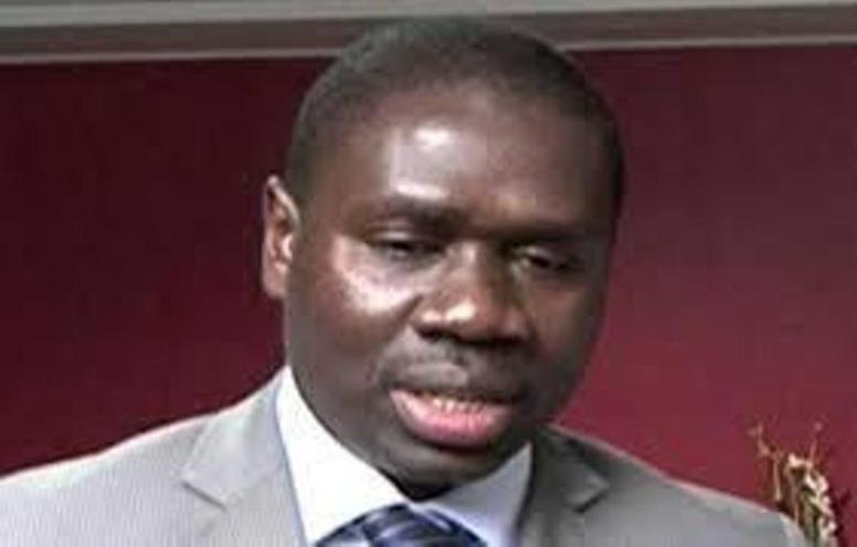 Pas de vacances gouvernementales pour Mahammed Dionne et ses ministres, selon Me Oumar Youm