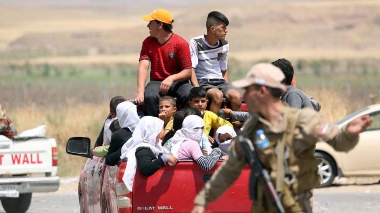 Qui sont les Yézidis, nouvelle cible de l'Etat islamique en Irak ?