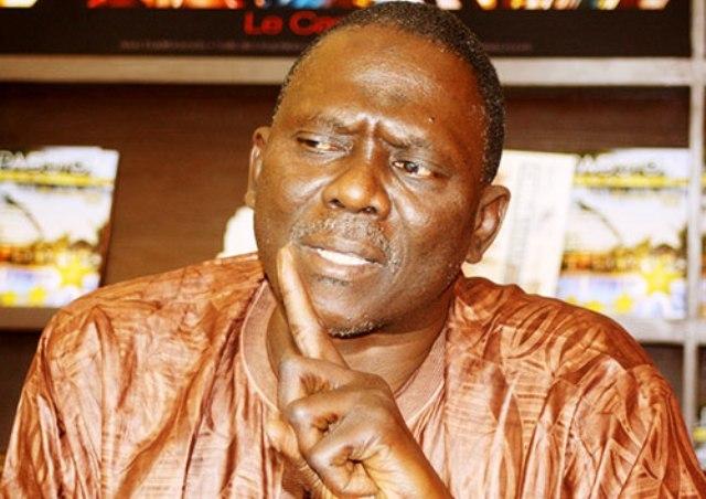 """Moustapha Diakhaté """" Macky Sall subit des pressions, s'il n'est pas entouré, il va abdiquer """""""