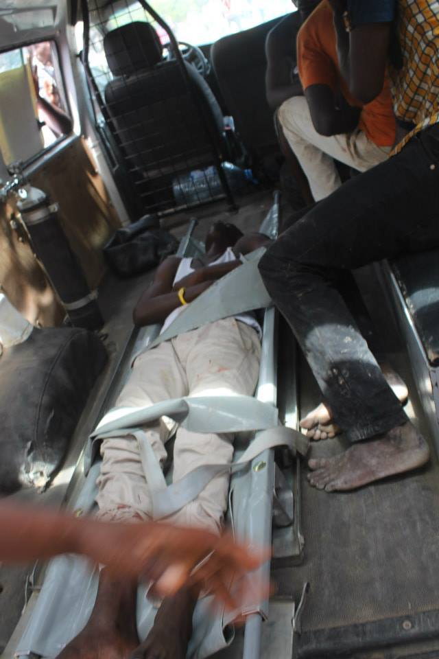 Les images de la barbarie policière à l'UCAD (âme sensible s'abstenir)