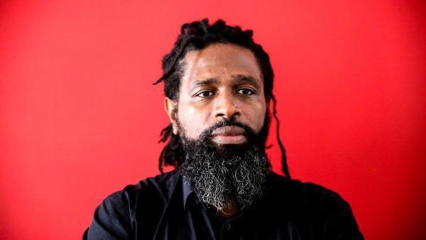 Soeuf Elbadawi, l'auteur de « Obsessions de Lune Idumbio IV ». Gwénola Bastide