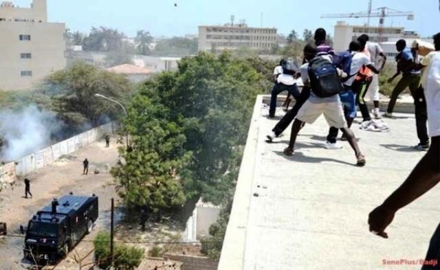 Crise universitaire : l'Etat enferme 27 étudiants dont 3 blessés graves, selon le SAES