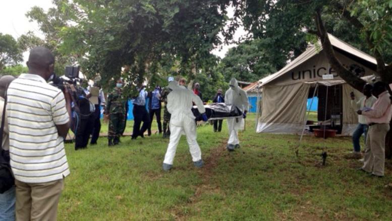 En Côte d'Ivoire, où aucun cas d'Ebola n'a été recensé, les autorités ont mené un exercice grandeur nature à la frontière avec le Liberia, le 13 août, pour se préparer à toute éventualité. RFI / Maureen Grisot