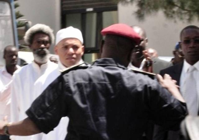 Suspension du procès Karim Wade; reprise à 15 avec les débat sur les exceptions...