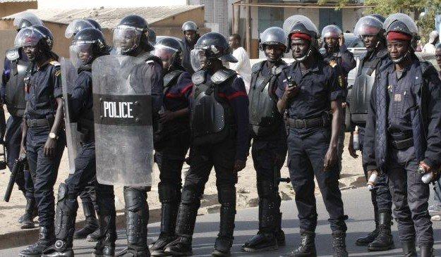 UCAD : Les policiers quittent le campus