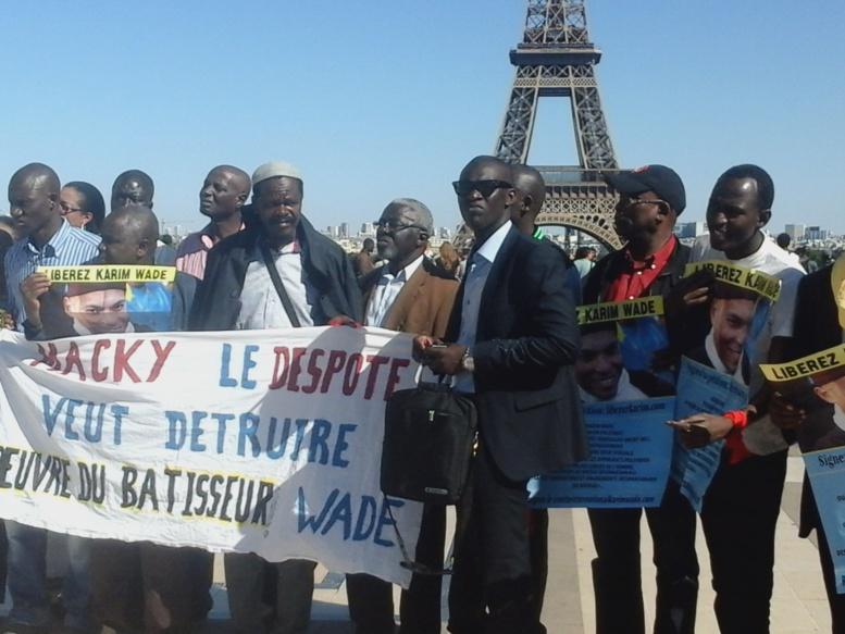 Affaire Samuel Sarr : Les libéraux de Paris manifestent !