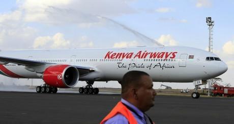 Ebola: les compagnies aériennes n'écoutent plus l'OMS