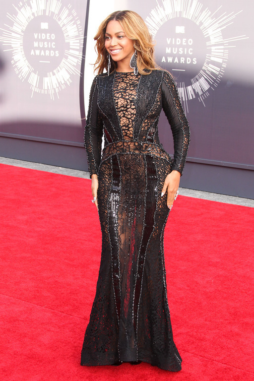 BEYONCÉ : SANS CULOTTE AUX MTV VIDEO MUSIC AWARDS 2014