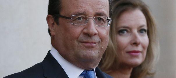 """Hollande réagit au livre de Trierweiler: """"La fonction présidentielle doit être respectée"""""""