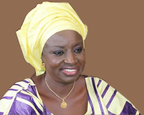 Aminata Touré se met dans le bain et reprend du service