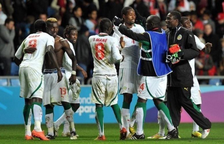"""Qualifications CAN 2015-Botswana 0-2 Sénégal : Après l'Egypte, les """"Lions"""" bouffent du """"Zèbre"""" et se rapprochent du Maroc"""