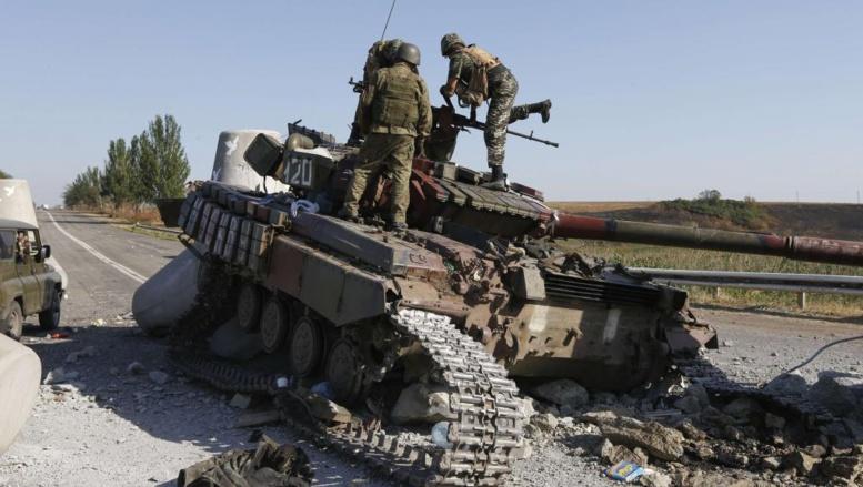 De fortes explosions ont été entendues le 6 septembre à l'est de Marioupol, 24 heures après le cessez-le-feu conclu entre Kiev et les séparatistes pro-russes. Reuters/Vasily Fedosenko