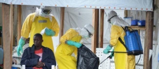 Ebola : un marché noir autour du sang des rescapés