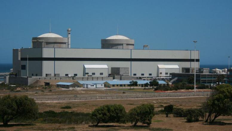 La centrale nucléaire de Koeberg, en Afrique du Sud, à 30 km au nord de la ville du Cap. Creative Commons/Pipodesign Philipp P Egli
