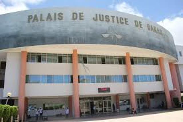 """Direct procès Karim : """"J'ai des douleurs au niveau des cervicaux"""", Alioune Samba Diassé qui est dispensé de même que Mbaye Ndiaye"""