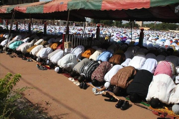 Tabaski 2014 en rang dispersé: Une partie de la communauté musulmane prend date pour le 04