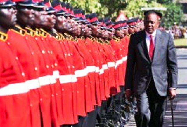 Kenya: le président Uhuru Kenyatta en route pour la CPI à La Haye