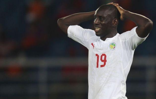 Sénégal-Tunisie- Blessé à la cheville : Demba Ba forfait pour le match de Dakar
