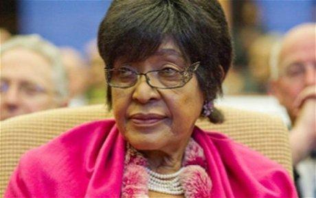 Winnie conteste en justice le testament de Nelson Mandela