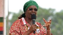 La Première dame du Zimbabwe, Grace Mugabe, lors d'un meeting à Chinhoyi, le 2 octobre 2014. REUTERS/Philimon Bulawayo
